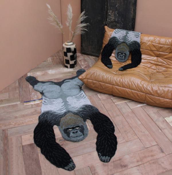 doing gorillalambientato