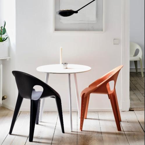 Bell Chair Magis Ambientata